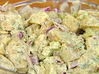 Салат картофельный с курочкой