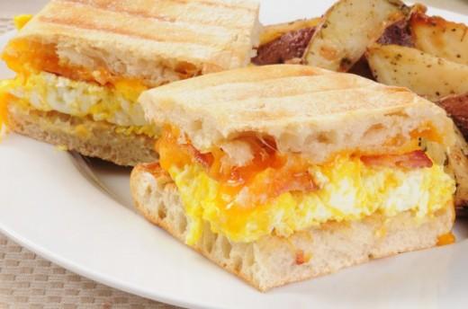 Идеи для завтрака. Горячие бутерброды